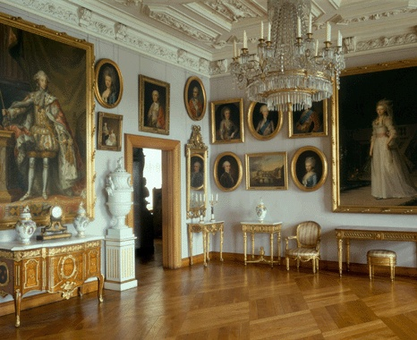 A room with 18th century furniture and art