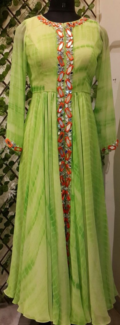 #Longkurtionlinesale #stylishkurtionlineshopping #Longkurtidesigne #Designerkurtionline # Maharani Designer Boutique To buy it click on this link : http://maharanidesigner.com/Anarkali-Dresses-Online/salwar-suits-online/ Rs-5500 Fabric-georgette. Mirror work. For any more information contact on WhatsApp or call 8699101094 Website www.maharanidesigner.com Maharani Designer Boutique -