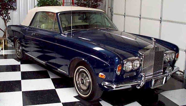 1972 Rolls Royce Corniche Convertible - rare! This is the one I wanted until I saw the Phantom Drophead Coupe.