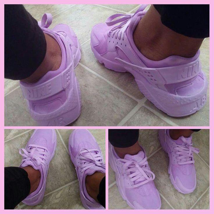 Purple huaraches