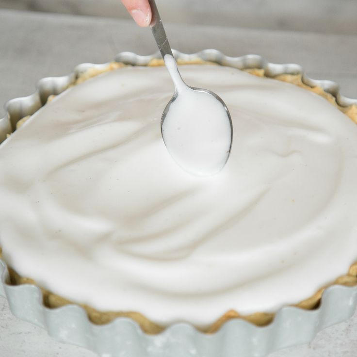 Nicht nur für Veganer ein Genuss: Eischnee aus Kichererbsenwasser. Einfach mit Zucker schaumig schlagen und Kuchen und Tartes damit verfeinern.