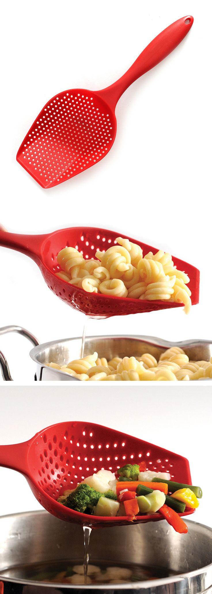 Scoop colander // Brilliant kitchen product! #product_design