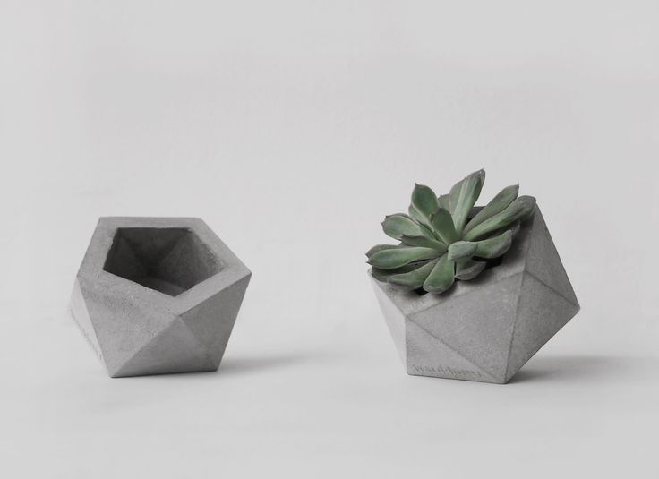 Small concrete planter handmade cachepot modern geometric style (20.00 EUR) by frauklarer