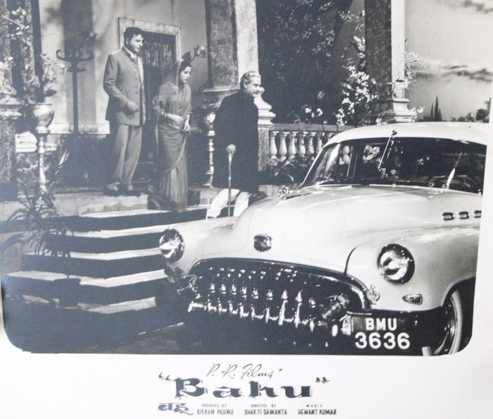 Old Bollywood movies can make you witness some lovely vintage cars! Here's a look at the poster of the movie 'Bahu' featuring a splendid Desoto! #desoto #vintage #car #bollywood #heritage #transport #museum
