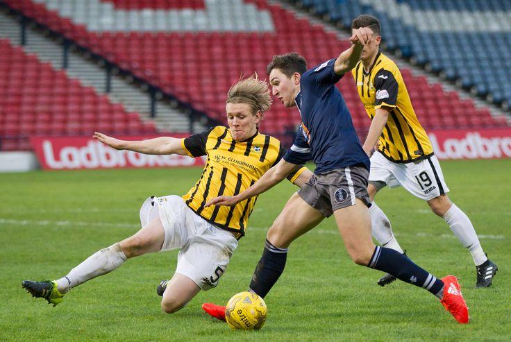 Queen's Park's Dario Zanatta in action during the Ladbrokes League One game between Queen's Park and East Fife.