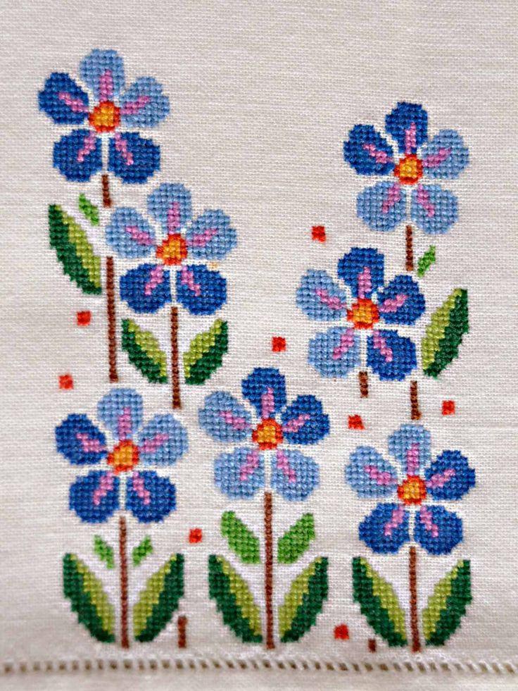 Vintage cross stitch flowers floral