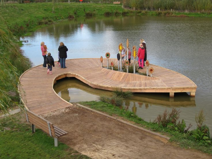 Habitat Jetty, oak frame and larch deck with none slip coat applied. Habitat element in middle created through workshops with park users. Southampton. https://handspringdesign.wordpress.com