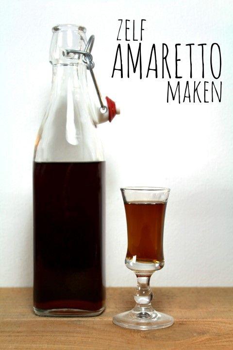 Benodigdheden voor ± 500 ml Amaretto: * 100 gram donkerbruine basterdsuiker * 100 gram (ml) water * 1 THEELEPEL vanille-extract * 1 EETLEPEL amandelextract * 400 ml wodka