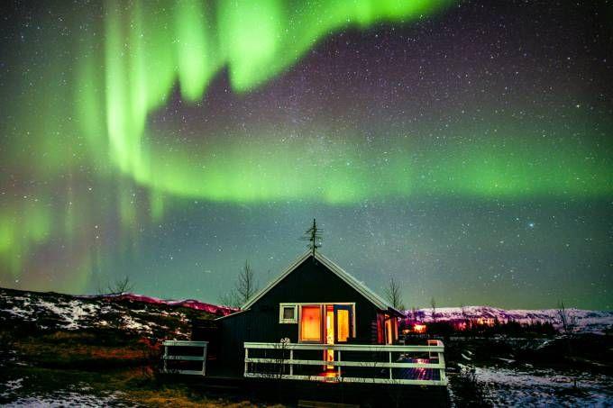 Aurora boreal vista na Islândia