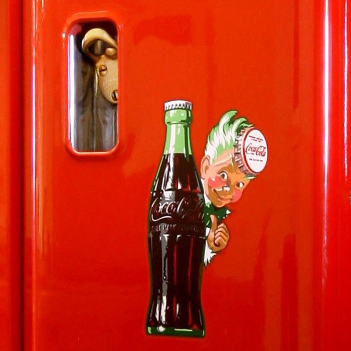 This vintage Coca Cola machine is Immensely popular and increasingly rare, the Cavalier 96 is the ultimate in American vintage products. This model, first manufactured in 1957, is entirely mechanical, and has been fully restored back to the concourse condition of its heyday. It is hungrily sought after by collectors, and consistently highly valued