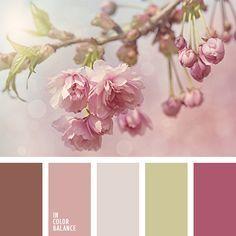 Вишневый цвет органично впишется в декор спальни, если за основу будет взят пастельный розовый, а для деталей использованы оливково-зеленый и шоколадно-коричневый.