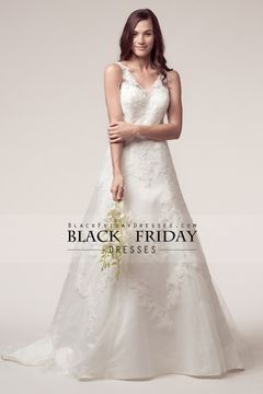2015 V Neck Wedding Dresses A Line Tulle Court Train With Applique $279.99 BFP8XXPDCP - BlackFridayDresses.com