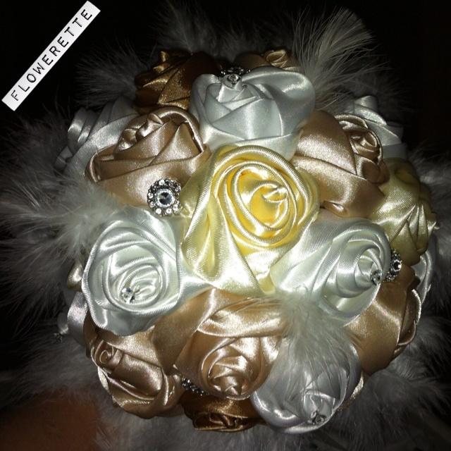 Bouquet.. www.Facebook.com/floweretteau