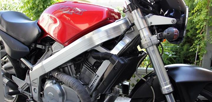 My old Honda Hawk NT650 GT reviewed. It had some cool aftermarket and OEM Ducati parts