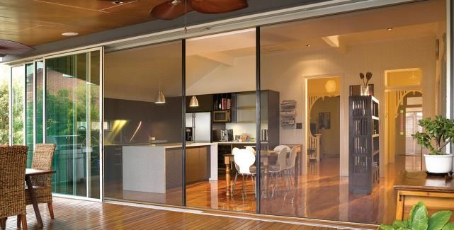 La Cantina multi sliding doors and retractable screens
