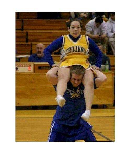 Massive Cheerleading Fails - mom.me