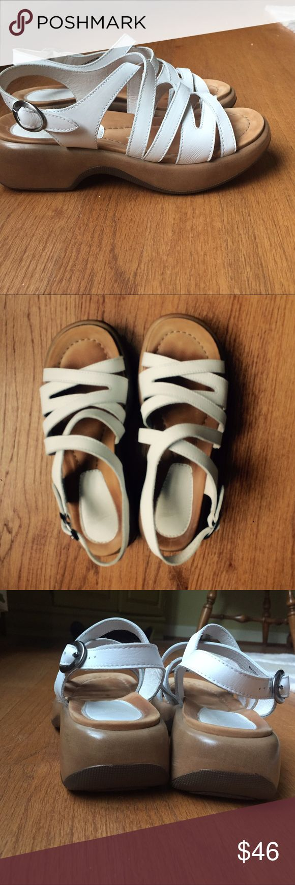 Dansko white sandals Comfy and cute white leather sandals on excellent condition! Dansko Shoes Sandals