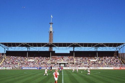 Het is zo goed als zeker dat de bekerwedstrijd tussen JOS Watergraafsmeer en Ajax volgende week niet op Sportpark Drieburg, maar in het Olympisch Stadion wordt gespeeld.