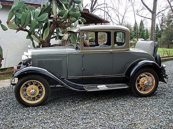 1930 Ford Model A Rumble Coupe