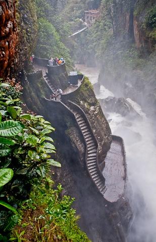 Stairs leading to the bottom of cascada pailon del diablo in Ecuador: El Pailon, Devil'S, Ecuador, Beautiful Places, Places I D, Cascada Pailon, De Diablo, Stairs Leaded, Pailón