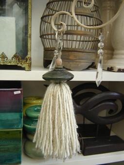 DecoBorlas - Borlas decorativas realizadas a mano en distintos materiales.- en Vidrierahype!