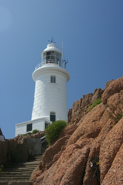 La Corbière Lighthouse	extreme south-western point of Jersey in St. Brelade 		Jersey	UK	49.179992, -2.250609