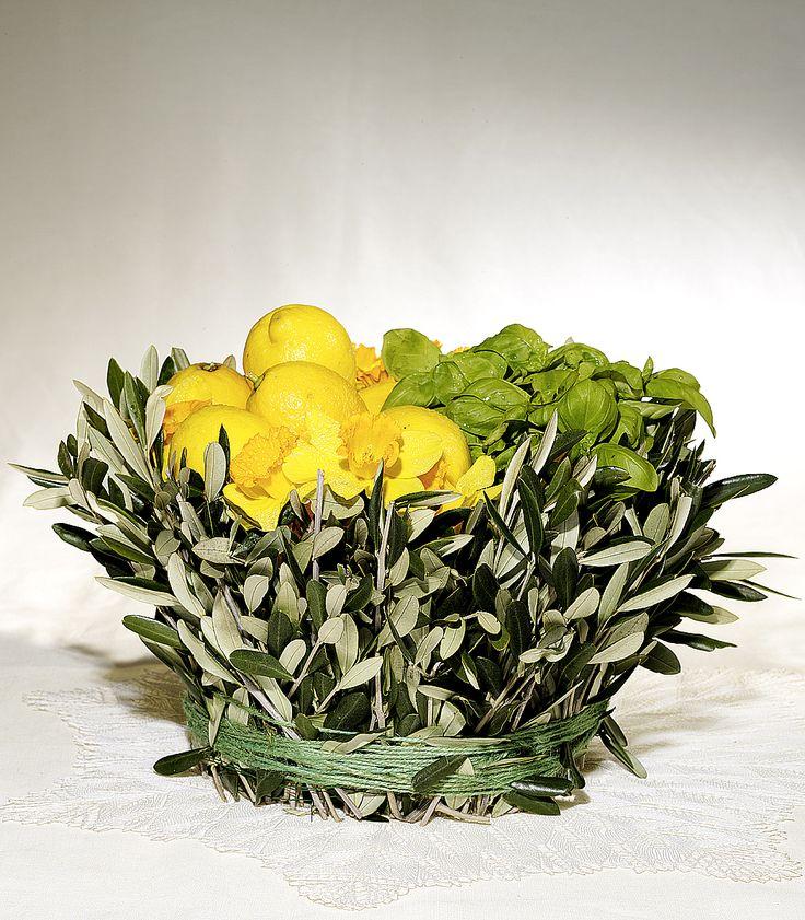 Limoni, basilico, narcisi e ulivo
