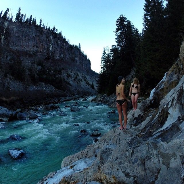 Natural hot springs, it's like finding Never Never Land // more on the blog featuring Sarah Belford's adventures // #hotsprings #pnw #letsgogetlost #greatnorthcollective