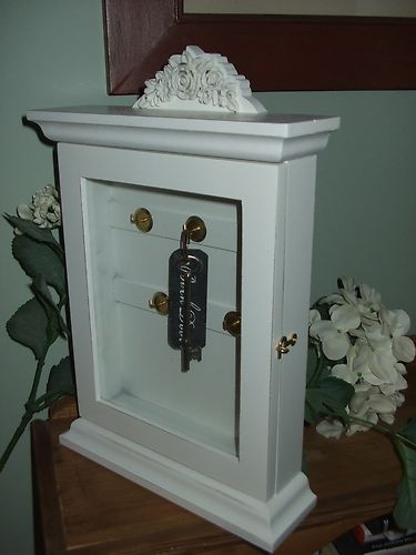Ordinaire ... Elegant Wooden Key Cabinets With Hooks