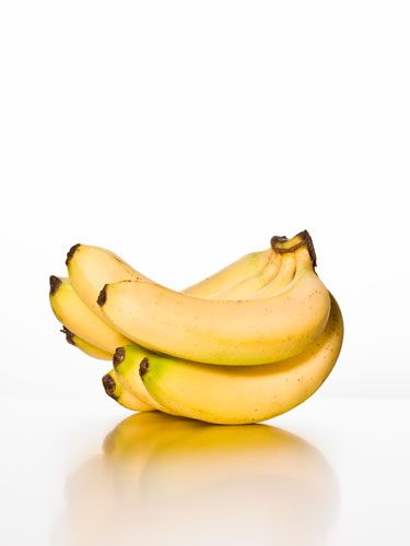 9 Foods to Beat the Bloat, Plus 9 Foods to Avoid: Banana Recipes, Diet, Fitness, Food, Bananas, Fibromyalgia Chronic, Healthy Eating, Chronic Fatigue Syndrome, Healthy Living