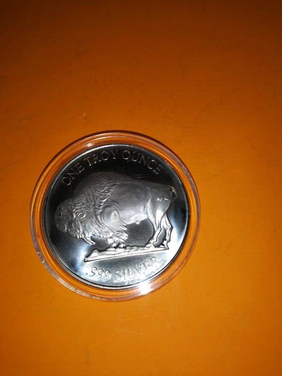1 Oz 999 Fine Silver Round Indian With Buffalo On Other Side Etsy Https Www Etsy Com Listing 753843956 1 Oz 999 In 2020 Coins For Sale Silver Rounds Fine Silver