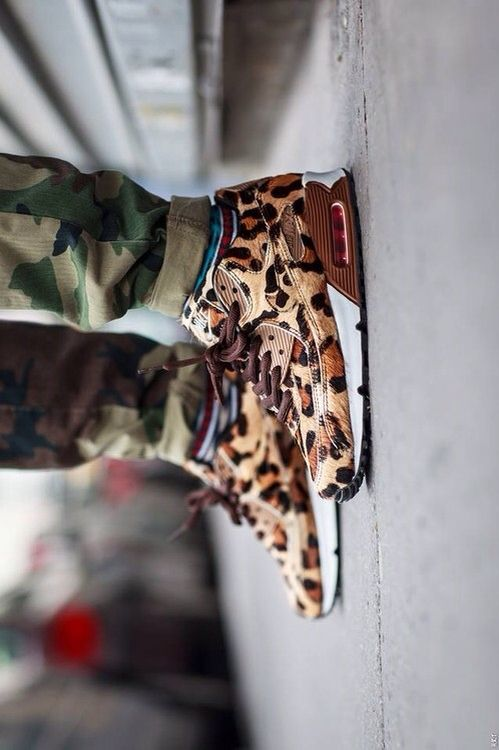 Would you wear these #Nike Air Max leopard shoes?