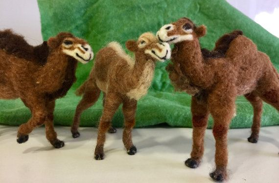 Needle felted camels //felted nativity sculpture //nativity