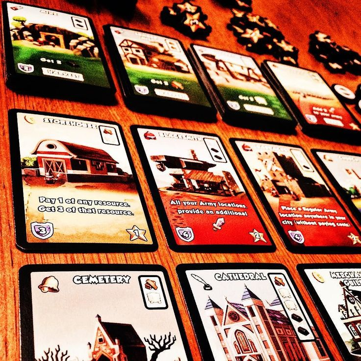 In our final post on Dice City by @Alderac we look at the method to play then finish and win the game. On each players turn you resolve each die then do an attack step where you can either attack the bandits a location or stock from another player. After the attack step you can build and trade then roll your dice for the next turn. The game has 4 ways to trigger end-game (1 - Upgrade two rows on your board; 2 - Location deck runs out; 3 - All the Bandits have been defeated; 4 - Two trade…