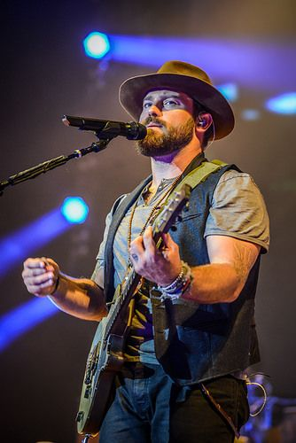 ✔️ Zac Brown Band in concert. Cold beer on a Friday night, a pair of jeans that fit just right...
