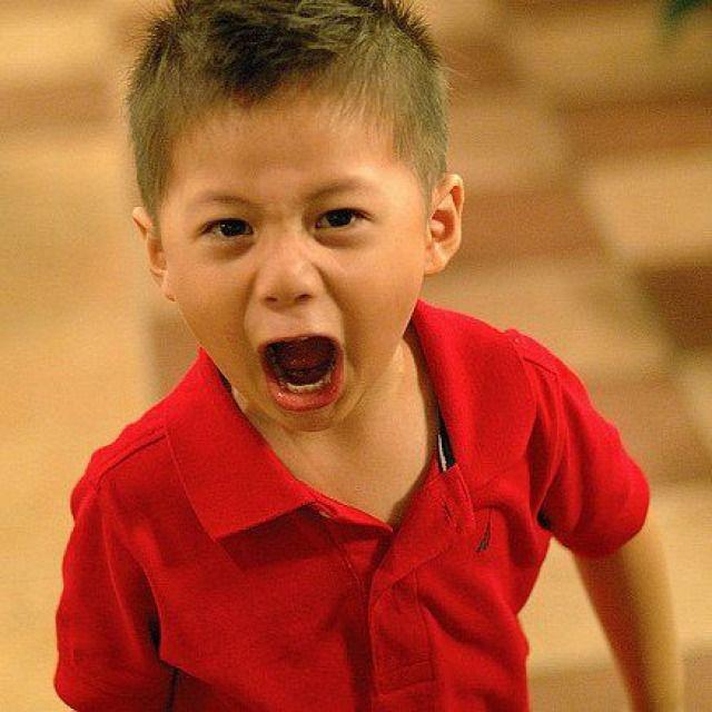 Az osztályban van egy rossz gyerek. Mindenki szerint rossz. Piszkálja a gyerekeket  belerúg a lányokba  zavarja az ór...