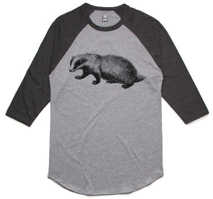 theIndie Western Badger (Black) 3/4-Sleeve Raglan Baseball T-Shirt