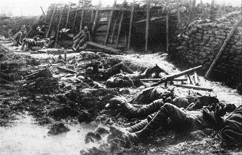 Bilder des Todes - Gefallene Engländer bei Fromelles im Juli 1916