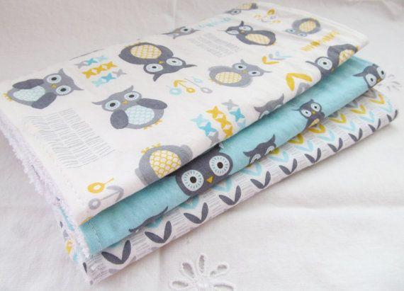 Burp Cloth Gift Set pour bébé fille ou bébé par MomNMiaQuilts