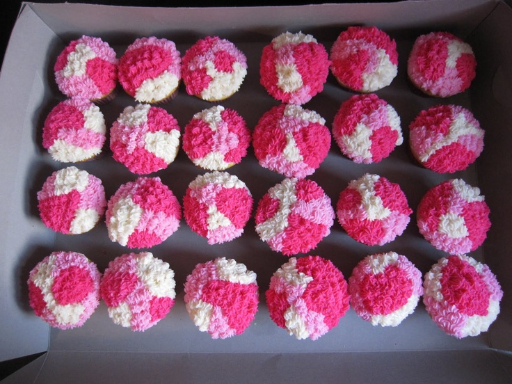 pink camo cake | Cake it Pretty: Cat Cake and Camo Cupcakes