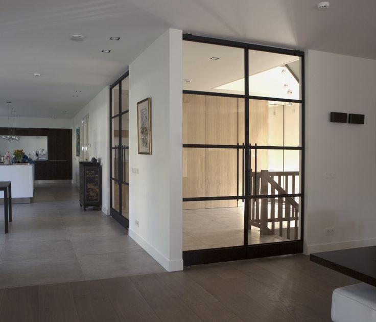 Stalen taatsdeuren van De Rooy Metaaldesign