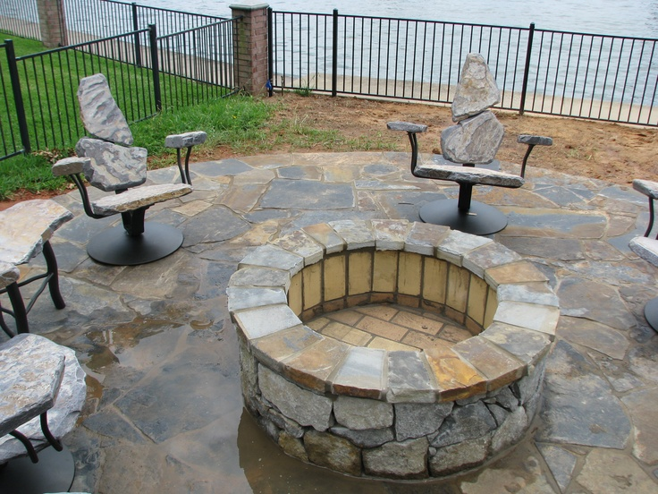 Merveilleux Granite Garden Furniture   A Garden Seat May Be A Wonderful Compliment To  Any Backyard. A Seat Also Provide You With A Pla. Fire Pit ...