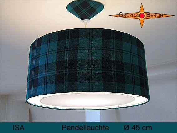 Leuchte ISA Ø 45cm, Pendellampe mit Lichtrand und Baldachin. Mit ihrer Bourette-Seide in Petrol-Grün / Schwarz und kariert präsentiert sich diese Leuchte als erhabener Blickpunkt im Raum.
