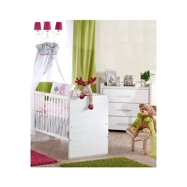 Babykamer Jelle: Ledikant en Commode