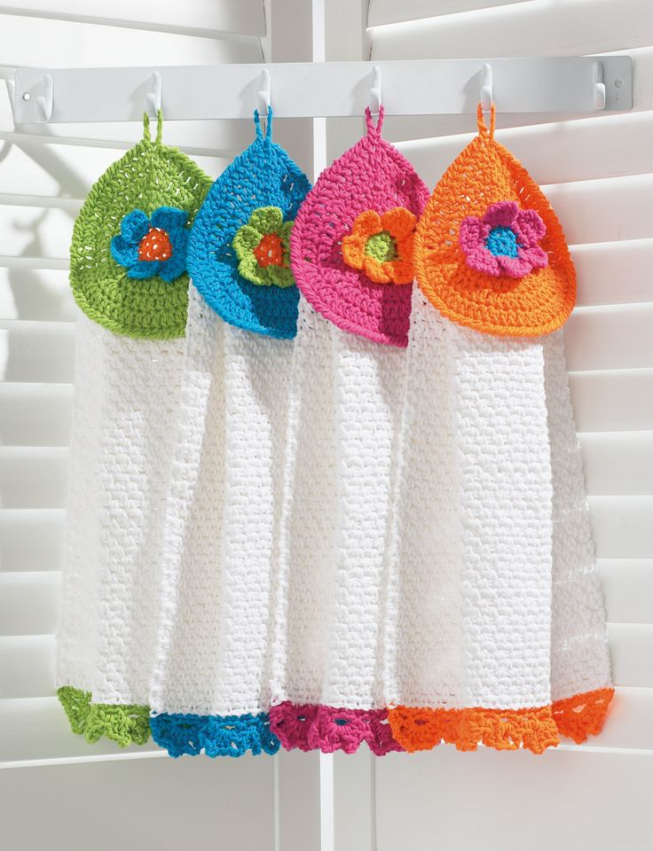 Pretty Flowers Tea Towels   Yarn   Free Knitting Patterns   Crochet Patterns   Yarnspirations