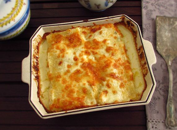 Cod lasagna | Food From Portugal. Serve this delicious cod lasagna recipe to your friends! It's different, very tasty and they will love it and want to repeat...  http://www.foodfromportugal.com/recipe/cod-lasagna/