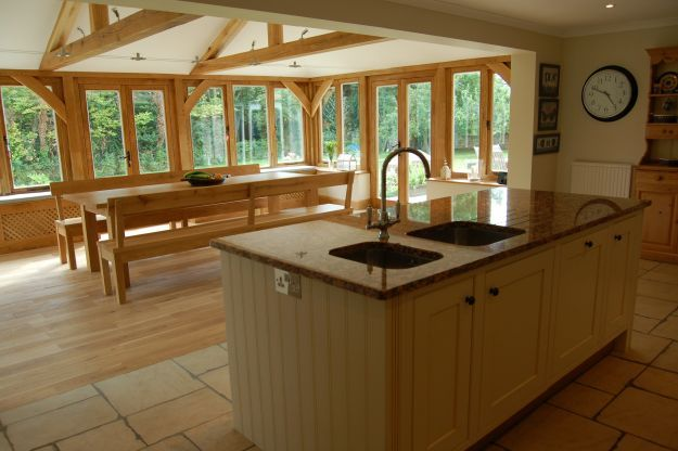 Oak kitchen extension - I would totally love this! ♣ 12.6.3