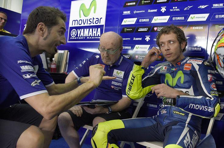 VÍDEO: Engenheiro de dados de Rossi explica como trabalha com Il Dottorehttp://www.motorcyclesports.pt/video-engenheiro-dados-rossi-explica-trabalha-il-dottore/