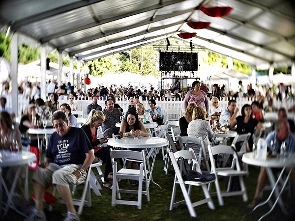 www.visitnoosa.com.au/events/noosa-international-food-amp-wine-festival