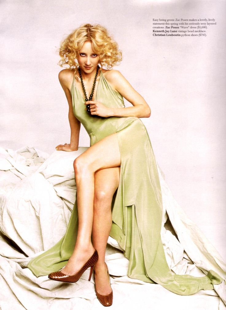 Anne Heche Gotham Wild Amp Curly Hair Celebrities